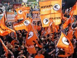 dts_piratenpartei _fahnen_248
